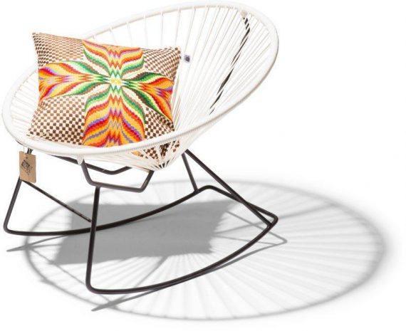 Condesa schommelstoel wit kussen